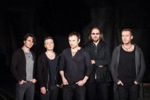 Популярная Украинская группа Океан Эльзы прервала свое «Творческое молчание» новым трогательным клипом на песню «В небо жене»