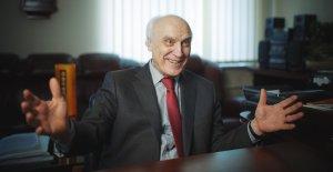 75 років — Віктору Омельяновичу Гуцалу!